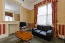 1 bed Flat to rent in Queens Gate...