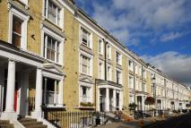 2 bed Flat in Eardley Crescent...