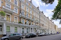 2 bed Flat for sale in Queens Gate Gardens...