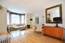 Studio apartment to rent in Cathcart Road, Chelsea...