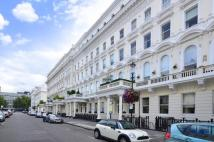 1 bed Flat to rent in Queen's Gate Terrace...