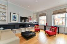 1 bedroom Flat in Cresswell Gardens...