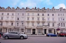 2 bedroom Flat in Queens Gate Terrace...
