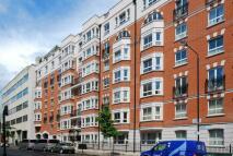 Flat to rent in Wrights Lane, Kensington...