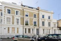 2 bedroom Flat to rent in Stratford Road...