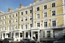 Studio flat to rent in Onslow Gardens...