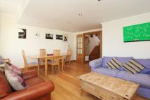 2 bedroom Maisonette for sale in Portobello Road...
