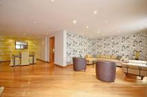 Lancaster Gate Flat to rent