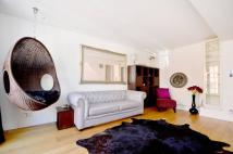1 bedroom property in Royal Crescent Mews...