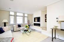 Maisonette for sale in Portobello Road...
