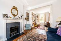3 bedroom property to rent in Denbigh Terrace...