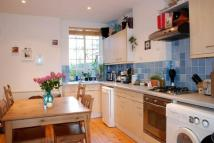 Flat for sale in Barlby Road...