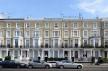 1 bed Flat to rent in Holland Road...