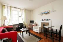 2 bedroom Flat to rent in Queensway, Queensway, W2