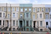 2 bedroom Flat in Westbourne Park Road...
