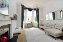 2 bed Flat to rent in Campden Hill Gardens...