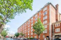 Flat to rent in Queensway, Bayswater, W2