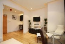 Studio flat to rent in Craven Hill, Bayswater...