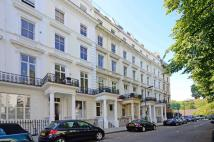 4 bed Flat in St Stephens Gardens...