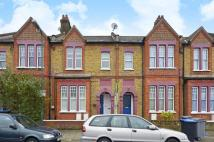 Flat to rent in Allington Road...