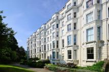 Flat to rent in Pinehurst Court...