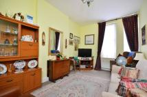 1 bedroom Flat in North Pole Road...