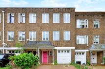 5 bed property in St Mary Abbotts Terrace...