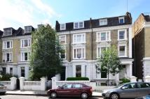 Flat to rent in Elsham Road...