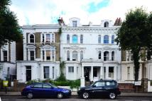 2 bed Flat to rent in St Lukes Road...