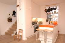 2 bed Maisonette to rent in Blagrove Road...