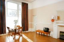 Studio flat to rent in Pembridge Villas...