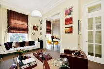 Flat for sale in Gloucester Terrace...