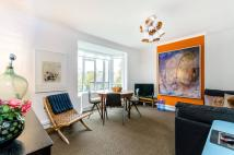 2 bedroom Flat to rent in St Charles Square...