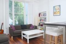 Alexander Street Flat to rent