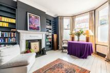 5 bedroom house to rent in Finstock Road...