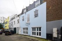 2 bed Mews in Alba Place, Notting Hill...
