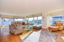 3 bed Flat for sale in Thames Point...