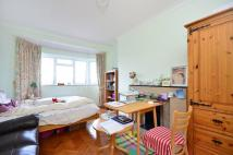 Studio flat in Barons Court Road...