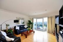 3 bedroom Flat to rent in Parkview Court, Fulham...