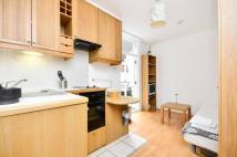 Studio flat to rent in Fairholme Road...