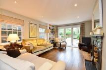 Flat to rent in Wandsworth Bridge Road...