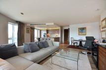 1 bed Flat in Chelsea Creek, Sands End...