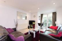 Brompton Park Crescent Flat to rent