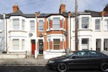 Maisonette to rent in Mablethorpe Road...