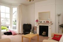 Flat to rent in Barclay Road, Fulham, SW6