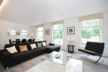 3 bed Flat in New Kings Road, Fulham...