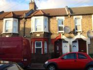 3 bed Apartment in London E16