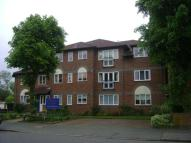 2 bedroom Apartment in Chingford E4