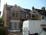 3 bed Flat in Chingford, E4