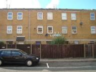 Maisonette to rent in Dalston E8